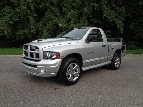 Photo 2005 Dodge Ram 1500 SLT Single Cab, Daytona Edition 111k Miles - $10,900 (Waynesboro)