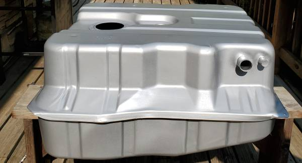 Photo Ford 99 to 10 Rear Diesel Fuel Tank New - $450 (Somerset, Pa.)
