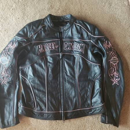 Photo Harley Davidson Womens Leather Jacket - $225 (Hagerstown)
