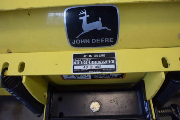 Photo JOHN DEERE 240 THRU 320 483939 SNOW BLADE - $800 (Fairfield)