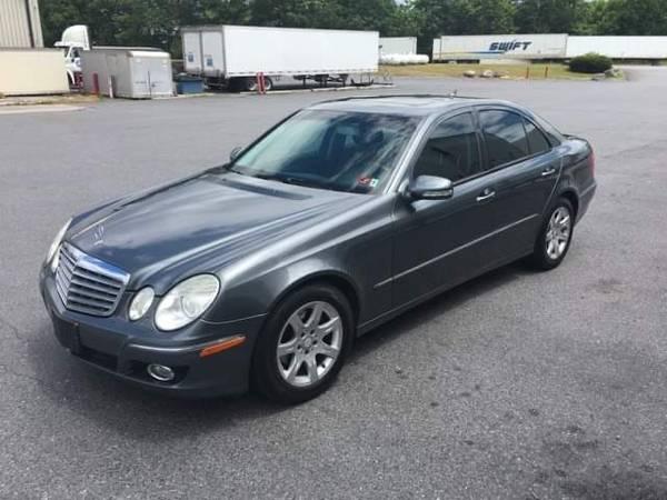 Photo Mercedes benz E320 bluetec 3.0L V6 Diesel - $9,299 (Martinsburg)