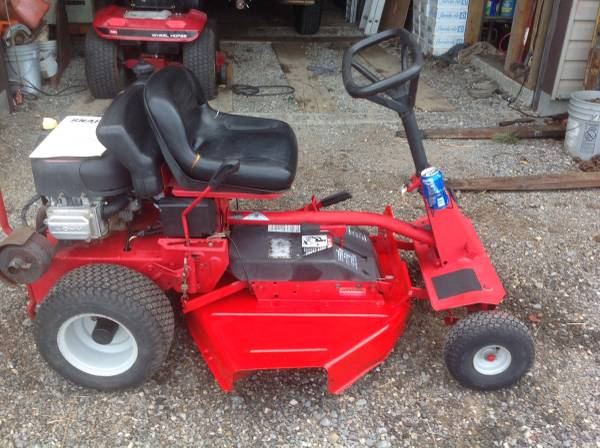 Photo Snapper 3039 Riding Mower for Sale - $695 (Cumberland)
