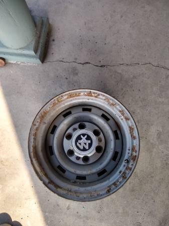Photo Square body 4x4 rally wheels 2 73 87 chevy truck - $70 (Barton)