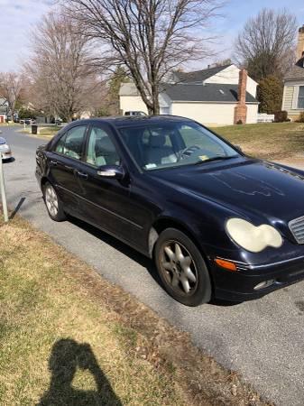 Photo Used Mercedes 2002 C240 125,000 Miles - $2200 (Olney)