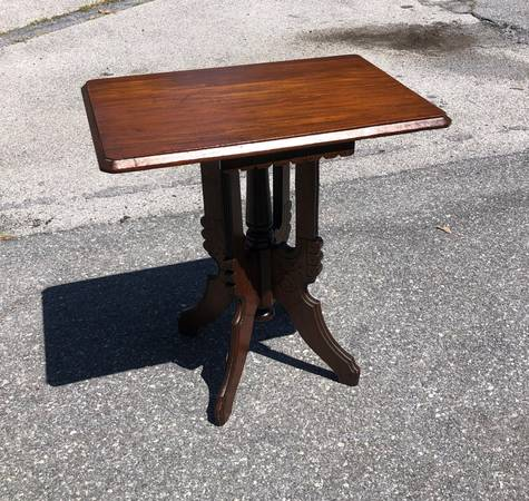 Photo Victorian style table - $55