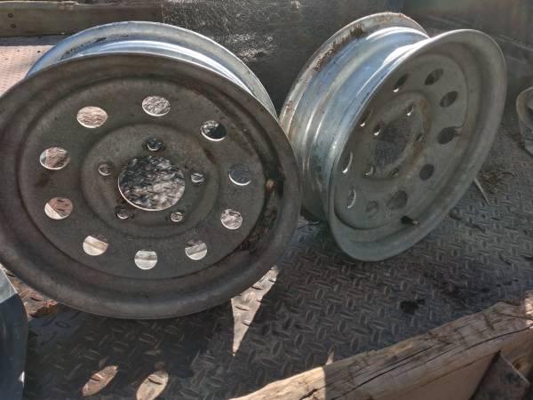 Photo 13 inch galvanized trailer wheels - $30 (arboles)