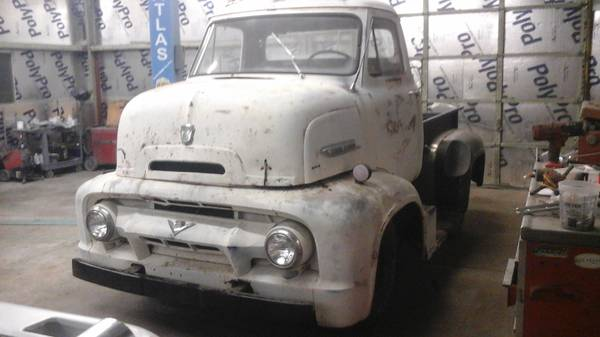 Photo 1954 ford Coe cabover c600 - $14000 (Fruita)