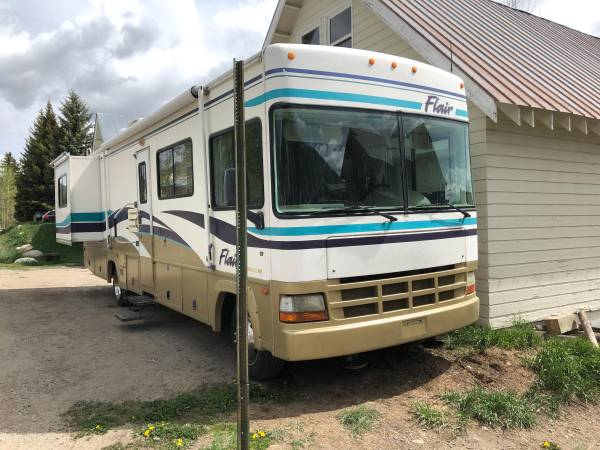 Photo 2000 Fleetwood Flair - $25,000 (Crested Butte)