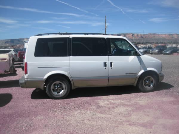 Photo 2001 GMC SAFARI VAN - $1695 (Grand Junction)