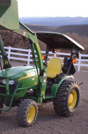 Photo 2009 John Deere 2520 with Loader, Plow, Mower, and Extras - $17,500 (Glenwood Springs)