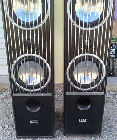 Photo 2 Dogg digital audio tower speakers with sony receiver - $250 (Grand Junction)