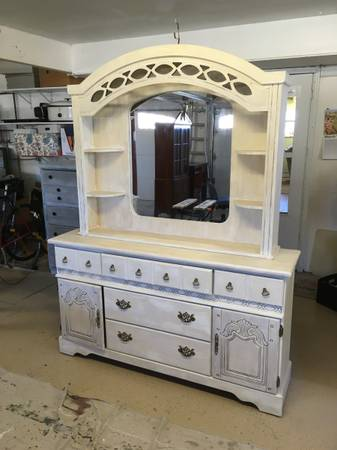 Photo Antiqued White china hutch - $158 (Grand Junction)