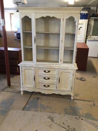 Photo China Hutch. Antiqued white - $148 (Grand Junction)