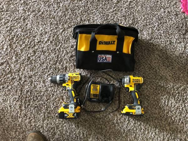Photo Dewalt xr 20v max drill and impact - $200 (Craig)