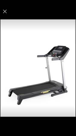 Photo Golds Gym Treadmill 430i - $275 (Grand Junction)
