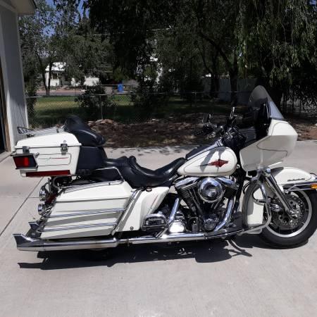 Photo Harley-Davidson Ultra Tour Glide - $5,400 (Montrose)