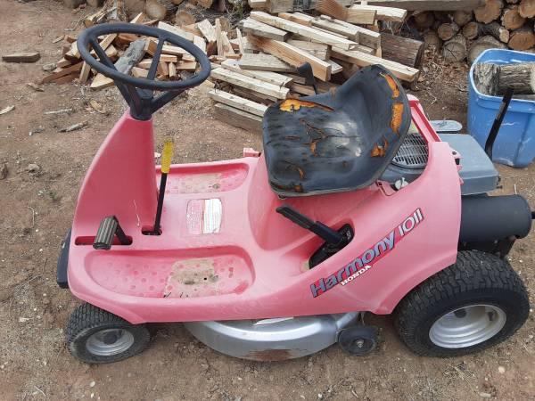 Photo Honda Riding mower - $100 (Orchard Mesa)