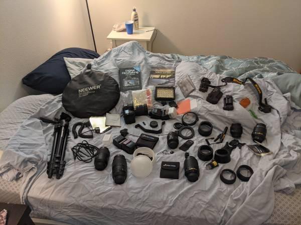 Photo Nikon D7100 Body, Lens, and Accessories - $1,200 (Denver)