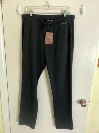 Photo Patagonia Men39s R1 Fleece Pants - $70