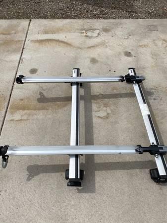 Thule aero roof bike rack - $400 (downtown GJ)