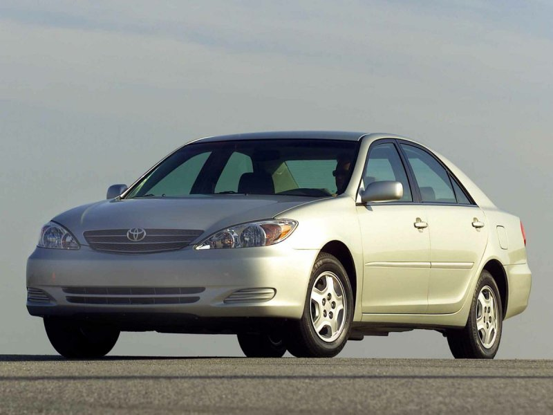 Photo Used 2003 Toyota Camry LE for sale