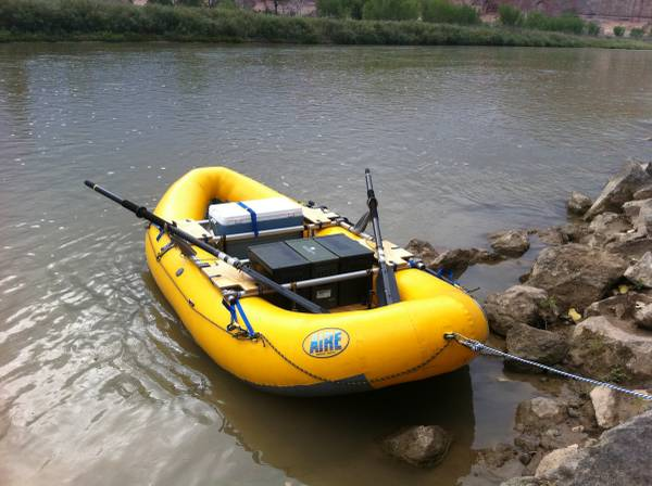 Photo Whitewater raft - AIRE Super Puma - ready to run - $4100 (Durango, CO)