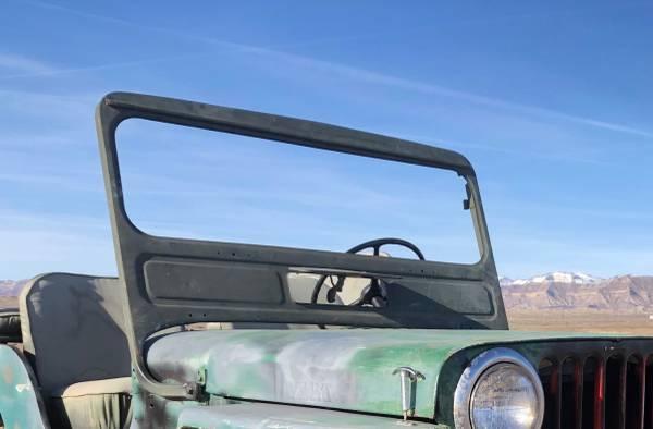 Photo Willys jeep CJ3ACJ2A windshield frame (Fruita)