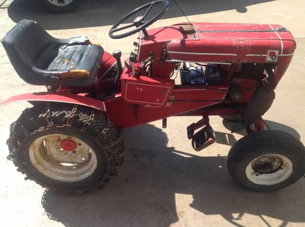 Photo 1962 Wheel Horse 502 Hydro Lift Tractor - $400