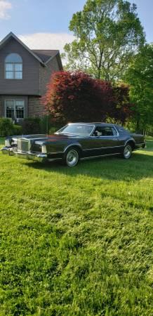 Photo 1976 Lincoln Mark IV - $5995 (Valley Grove)