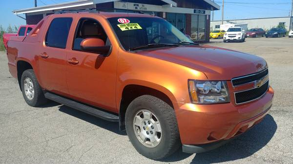 Photo 2007 CHEVY AVALANCHE LT 4X4 - $11965 (ST CLAIRSVILLE, OH)