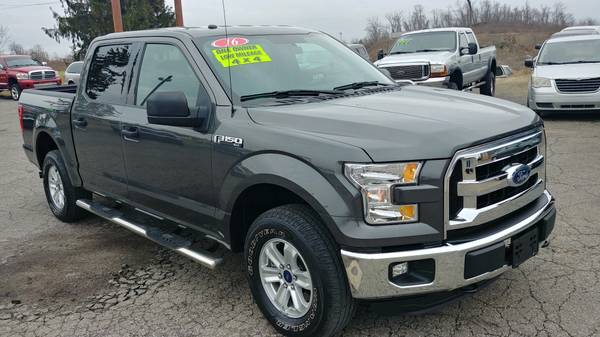 Photo 2016 FORD F-150 XLT CREW CAB 4X4 - $26975 (ST CLAIRSVILLE, OH)