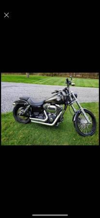 Photo 2016 Harley Davidson Dyna Wide Glide - $11,950 (Grove City)