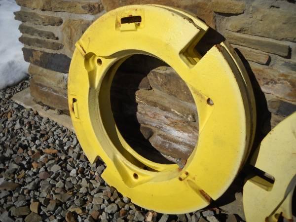 Photo John Deere Wheel Weights - L28228 - $350 (Prosperity)