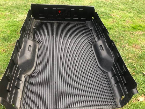 Photo Liner for 8ft truck bed. Ford F-250 Super Duty. F250 - $180 (Bethany)
