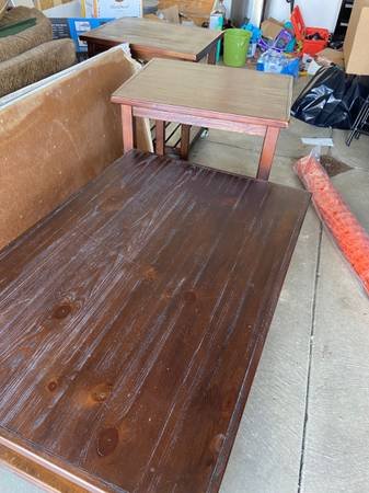Photo Living Room Furniture Set (Ashley Furniture) - coffee table end tables - $40 (Jefferson hills)