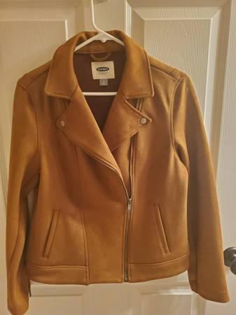 Photo New Old Navy Brown Suede Ladies Jacket Medium - $40 (Ross Twp., PA)