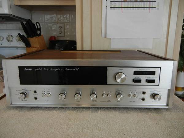 Photo Vintage Allied 498 Stereo Receiver -Rebadged Pioneer SX-2500SX-9000 - $50 (Weirton)