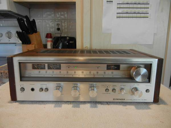 Photo Vintage Pioneer SX-580 Stereo Receiver - $100 (Weirton)