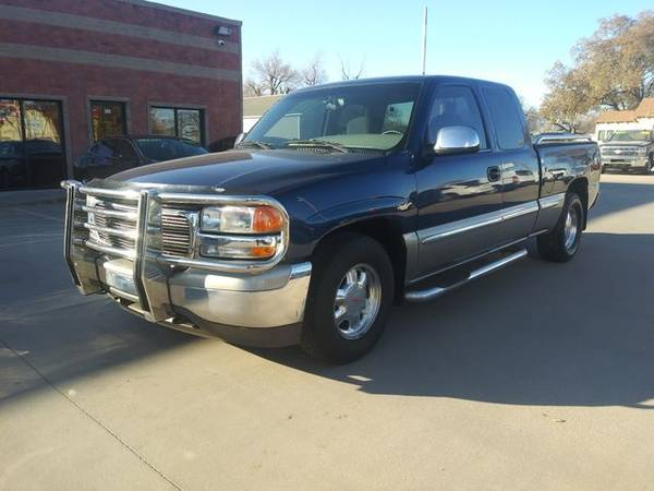 Photo 2000 GMC Sierra 1500 Extended Cab - Financing Available - $4500