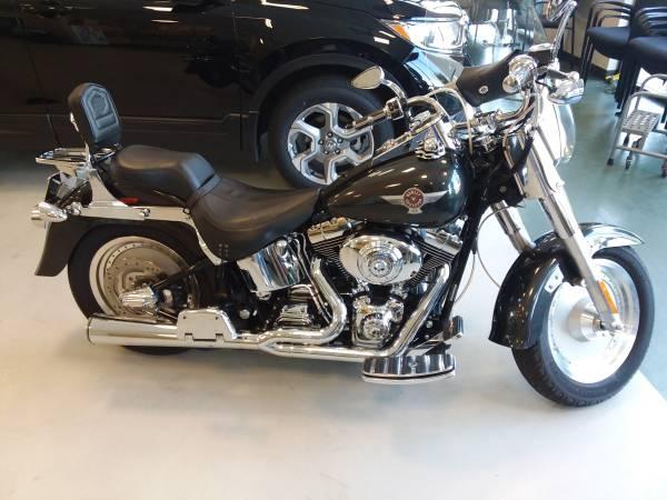 Photo 2005 Harley Davidson Fat Boy 15th Anniversary Edition (FLSTF) - $7,500 (Wichita (West Side))