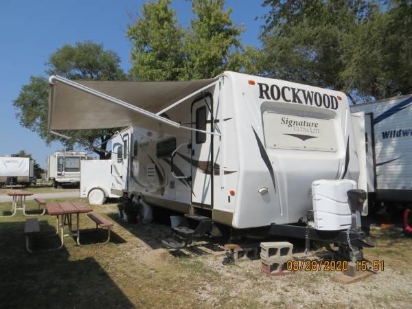 Photo 2012 Rockwood by Forest River - $27,000 (Goddard)