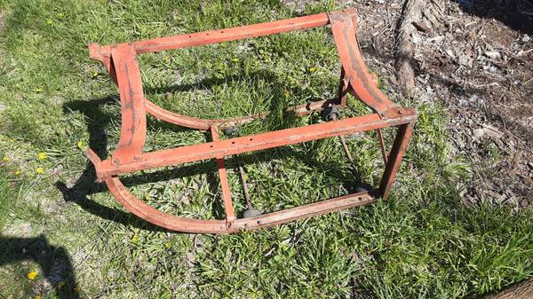 Photo 55 Gallon drum cradle dolly - $30 (Rose Hill)