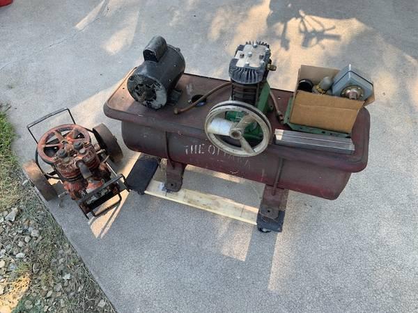 Photo Air Compressor Kitquot w2HP Dayton Motor - $99