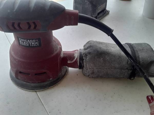 Photo CHICAGO Electric Power Tools Palm Sander - $15 (NW Wichita)