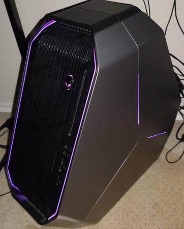 Photo Dell Alienware Area 51 R2 Gaming Desktop Computer - $950 (Tulsa)