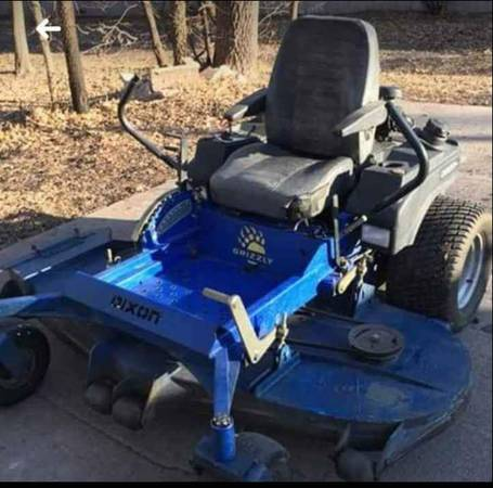 Photo Dixon 72quot ZTR Zero Turn Lawn Mower - $3,995 (Wichita.Ks.)