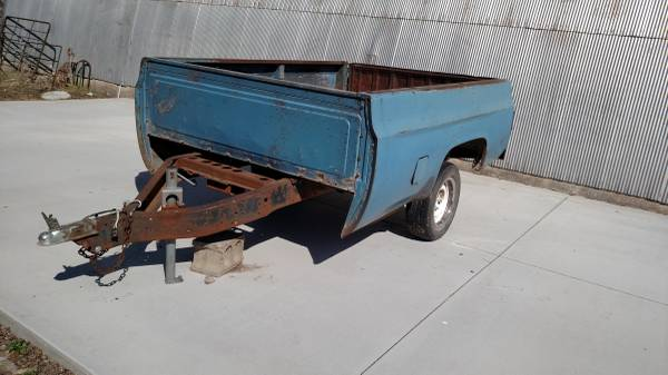 Photo Full size box chevy trailer great condition everything works2quot ball - $650 (McPherson)