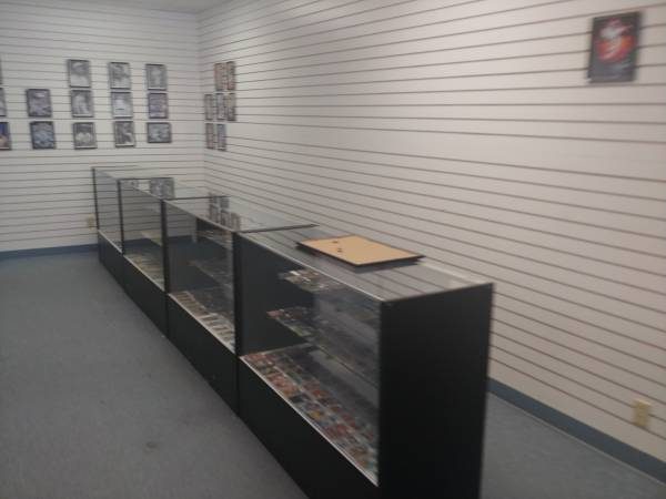 Photo Glass retail sale display cases (4) - $600 (Wichita, KS)