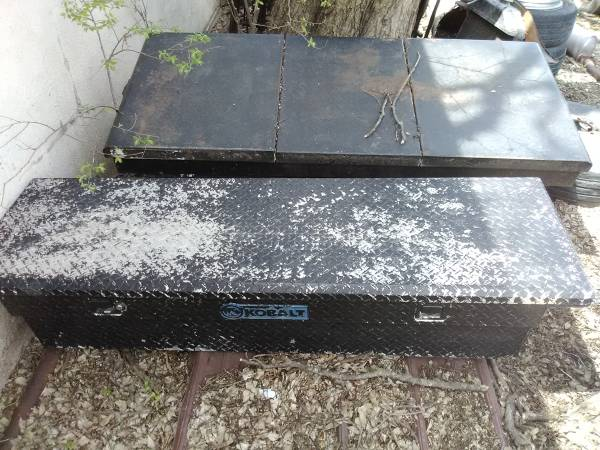 Photo Kobalt diamond plate toolbox truck tool box and LARGE steel box - $50 (Valley Center)