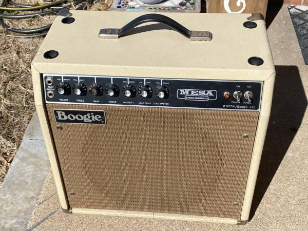 Photo Mesa Boogie Mark II B (1982) - $800 (Wichita)